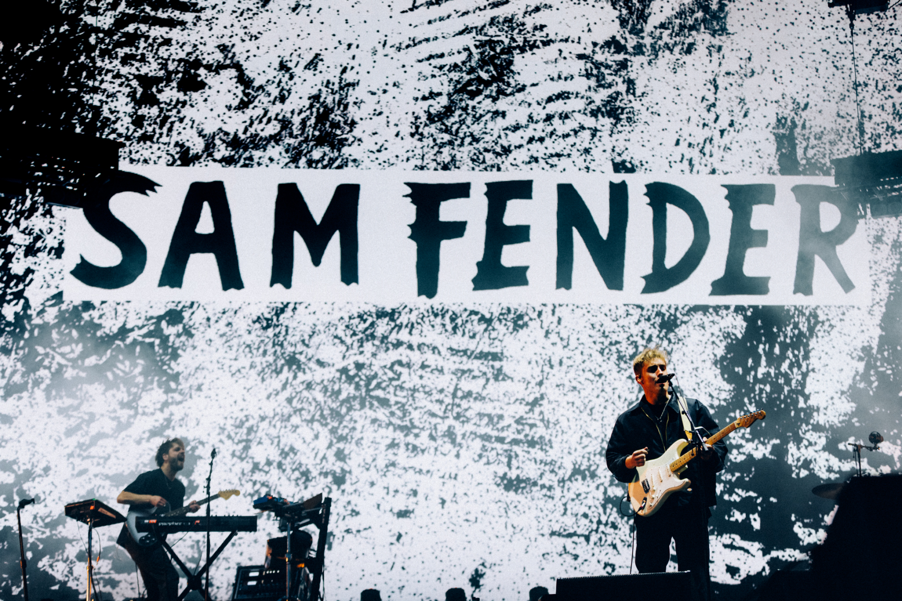 Sam-Fender_Ryan-Buchanan_003
