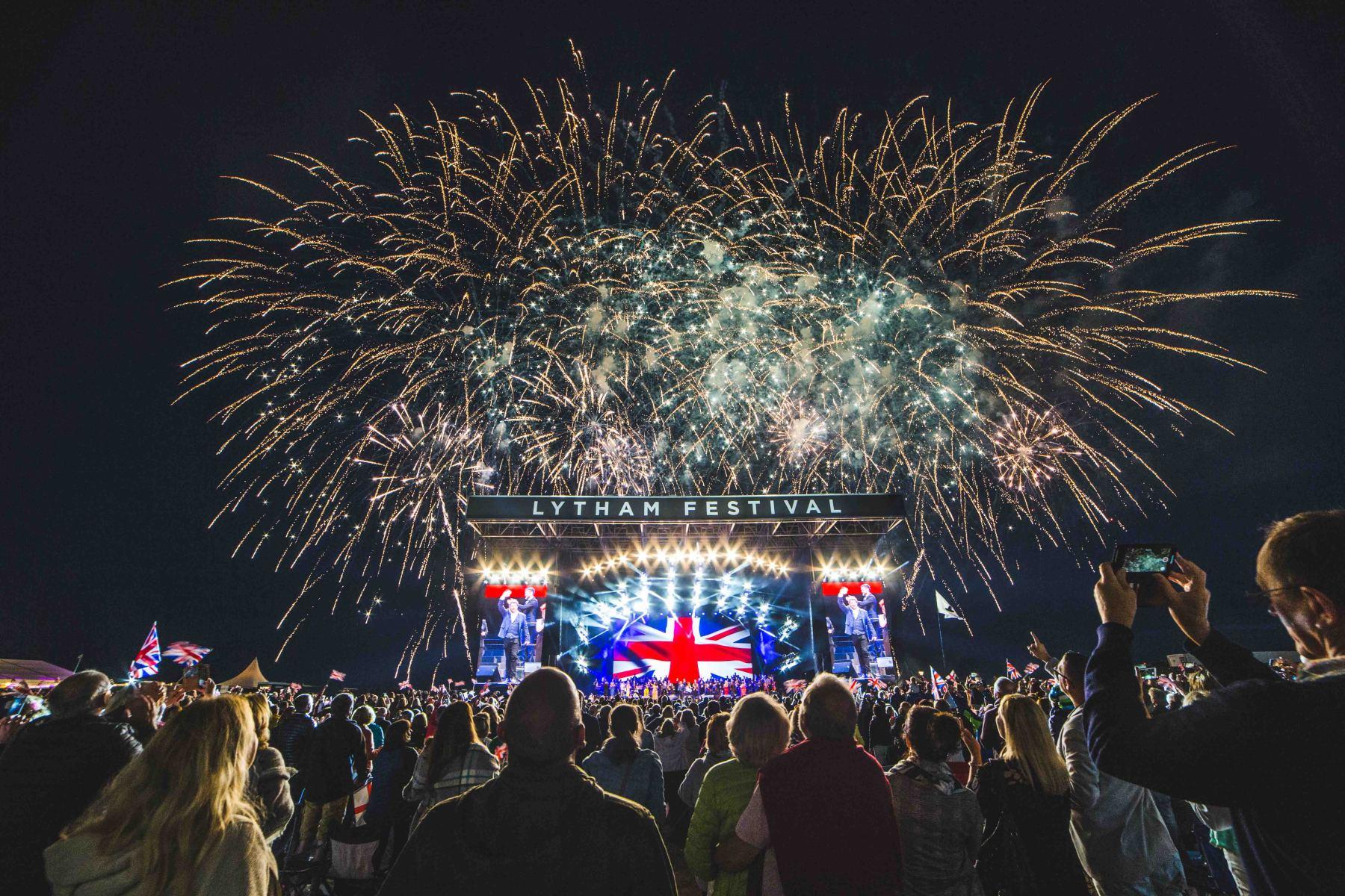 HOLLYWOOD PROMS LYTHAM FESTIVAL